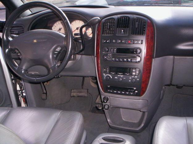 chrysler grand caravan limited