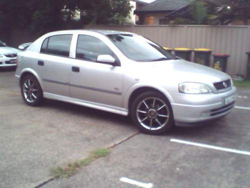 holden astra city