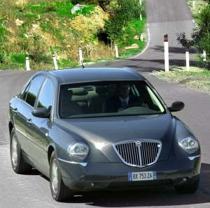 lancia thesis 2.4 multijet