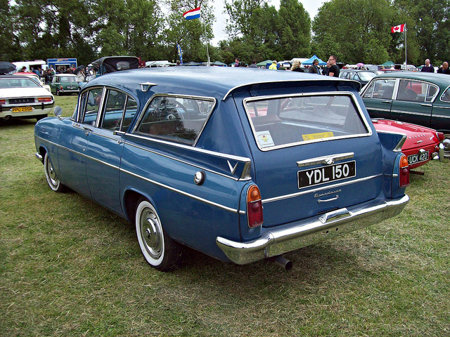 vauxhall cresta estate