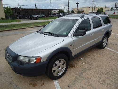 volvo xc70 cross country awd
