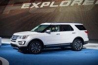 2016 Ford Explorer keeps it rolling for the American giant