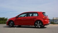A Bit Extra Sportiness to Thrill You - 2015 Volkswagen Golf GTE
