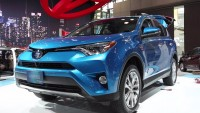 Hybrid Car RAV4 of Toyota Unveiled