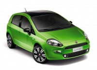 Leaked images of facelift 2014 Fiat Punto on the internet