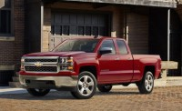 New 2015 Silverado 1500 Custom, Chevy Keeps It Simple