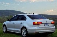 Volkswagen Jetta 2015 model to be launched with a facelift