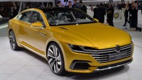 Volkswagen Sport Coupe Concept GTE offers a claimed 118mpg and a driving range of 745 miles